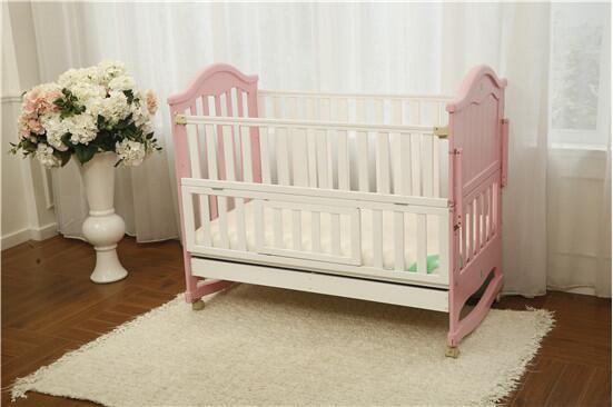 地中海婴儿床