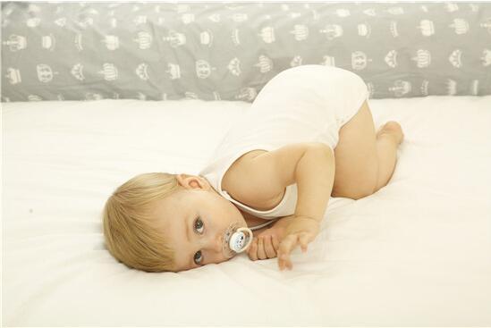 婴儿床品七件套